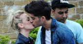 Perrie Edwards misses Zayn Malik so turns to junk food