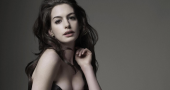 Anne Hathaway receives 'wake up' call thanks to Song One 'late' arrival