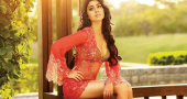 Girl of the Day: Indian beauty Shriya Saran