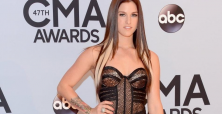 Cassadee Pope mentoring by Blake Shelton leads to CMT nominations